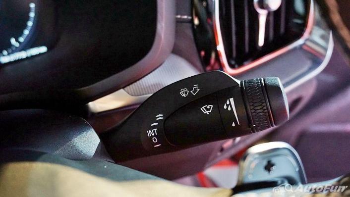 Volvo S60 2019 Interior 009