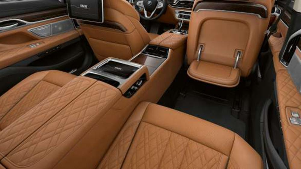 BMW 7 Series Sedan 2019 Interior 011
