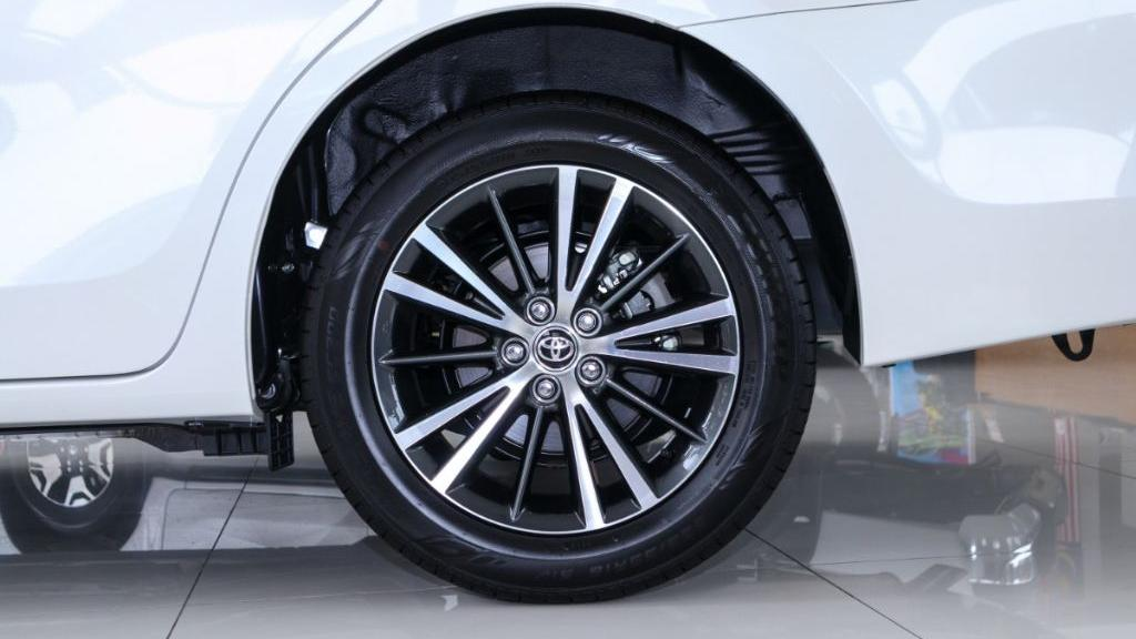 Toyota Corolla Altis 2019 Exterior 051