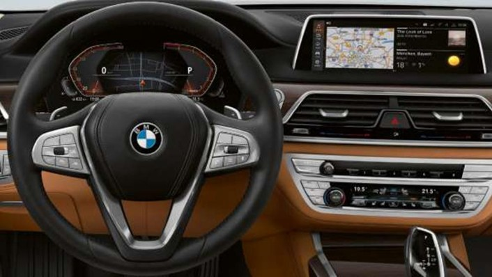 BMW 7 Series Sedan 2019 Interior 002