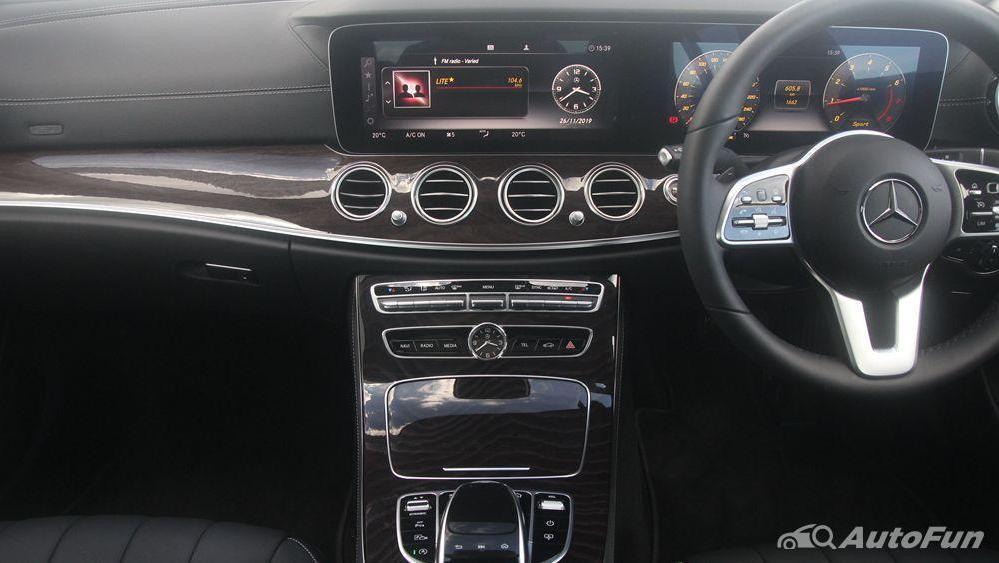 Mercedes-Benz E-Class 2019 Interior 001