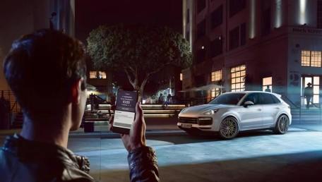 Porsche Cayenne Turbo S Tiptronic Daftar Harga, Gambar, Spesifikasi, Promo, FAQ, Review & Berita di Indonesia | Autofun