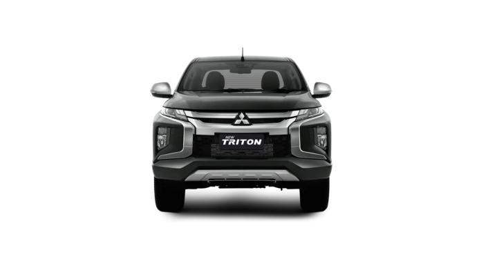 Mitsubishi Triton Exceed MT Double Cab 4WD Exterior 001