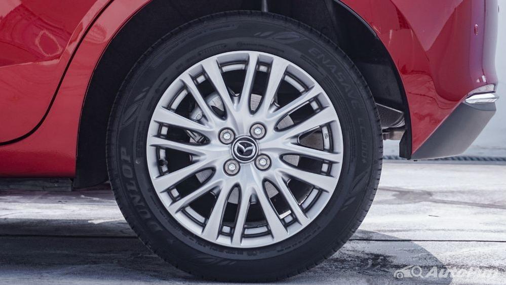 Mazda 2 GT AT Exterior 010