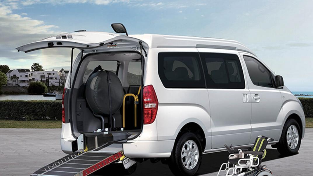 Hyundai Starex 2019 Interior 007
