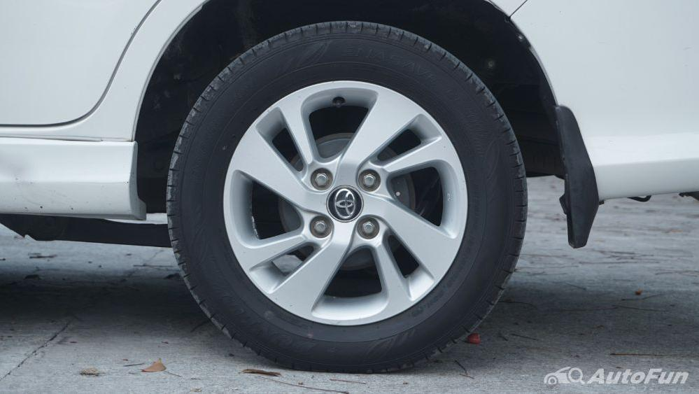 Toyota Avanza Veloz 1.3 MT Exterior 052