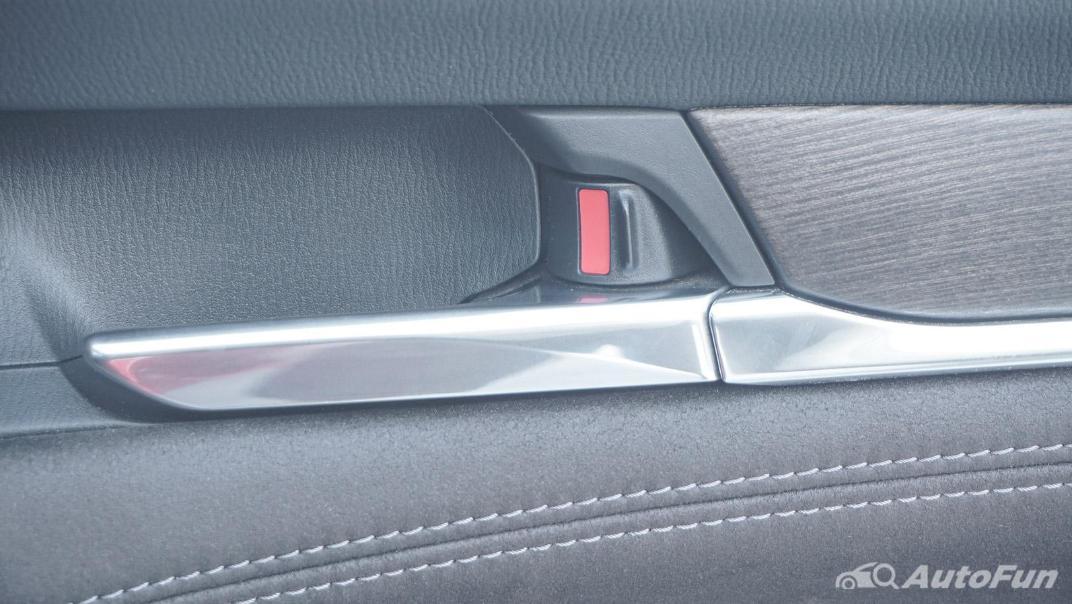 Mazda 6 Elite Estate Interior 075