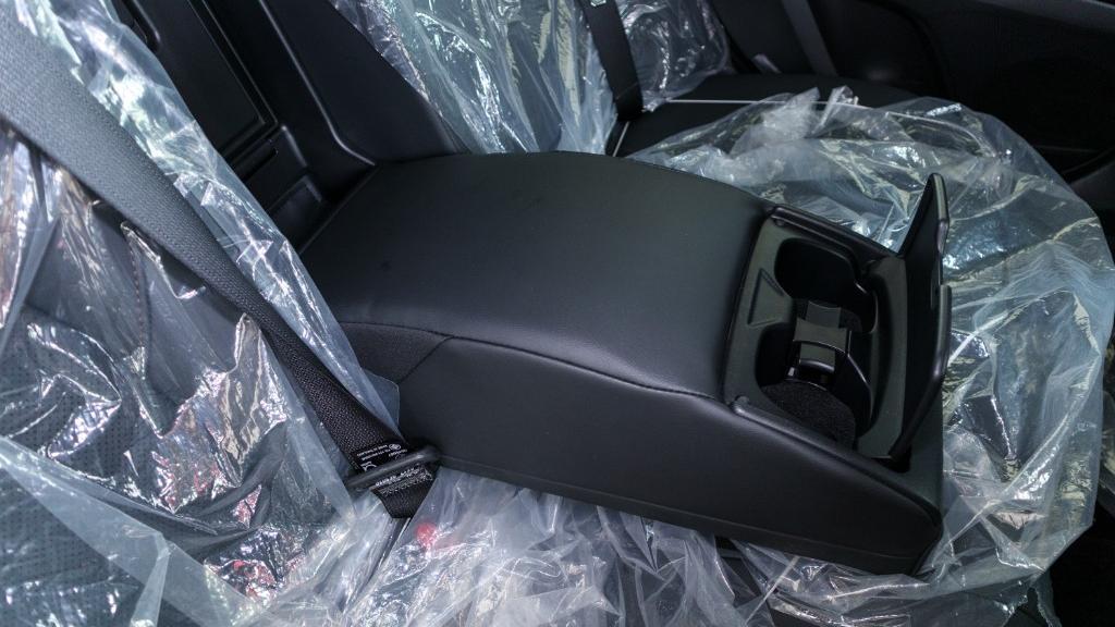 Toyota Camry 2019 Interior 032