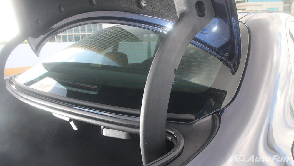 Mercedes-Benz E-Class 2019 Interior 065