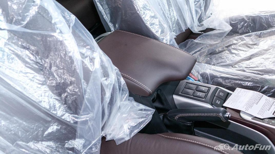 Toyota Fortuner 2019 Interior 025