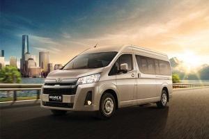Toyota HiAce Premio, Lebih Premium dari Kompetitornya