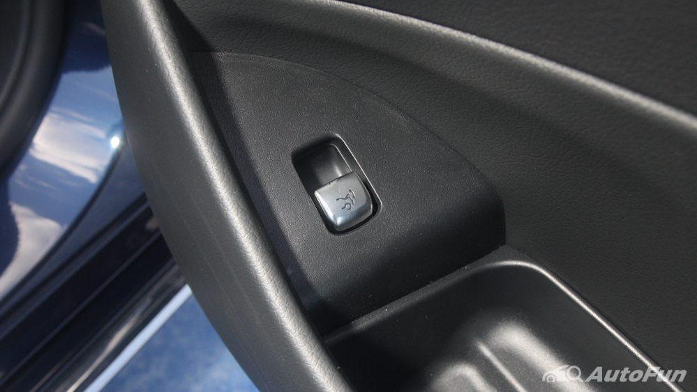 Mercedes-Benz E-Class 2019 Interior 034