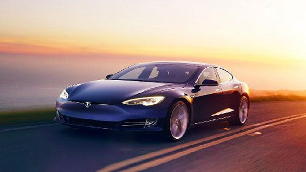 Tesla Model S 2019 Exterior 008