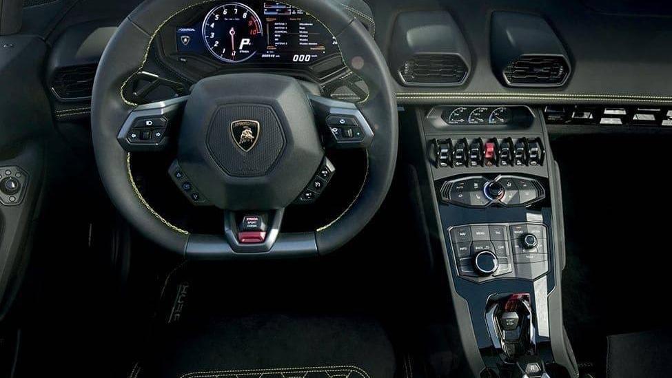 Lamborghini Huracan 2019 Interior 021