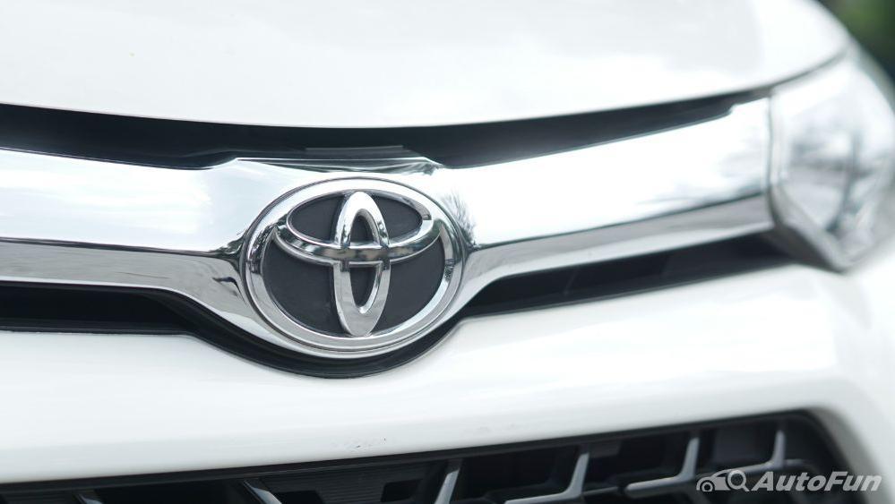 Toyota Avanza Veloz 1.3 MT Exterior 017