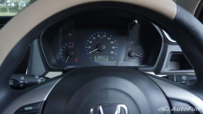 Honda Mobilio E CVT Interior 004