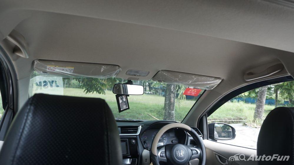 Honda Mobilio E CVT Interior 028