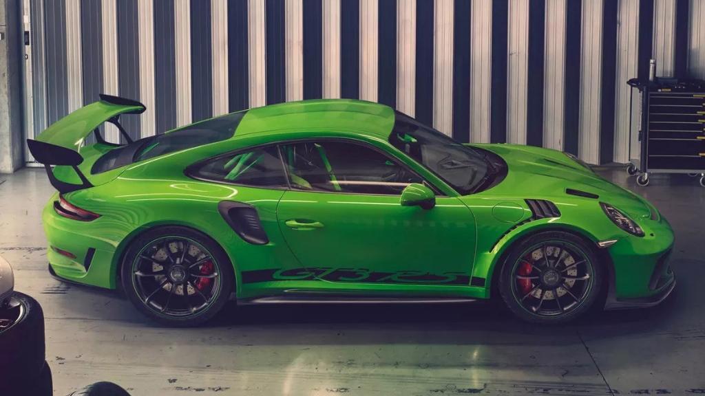 Porsche 911 2019 Exterior 011