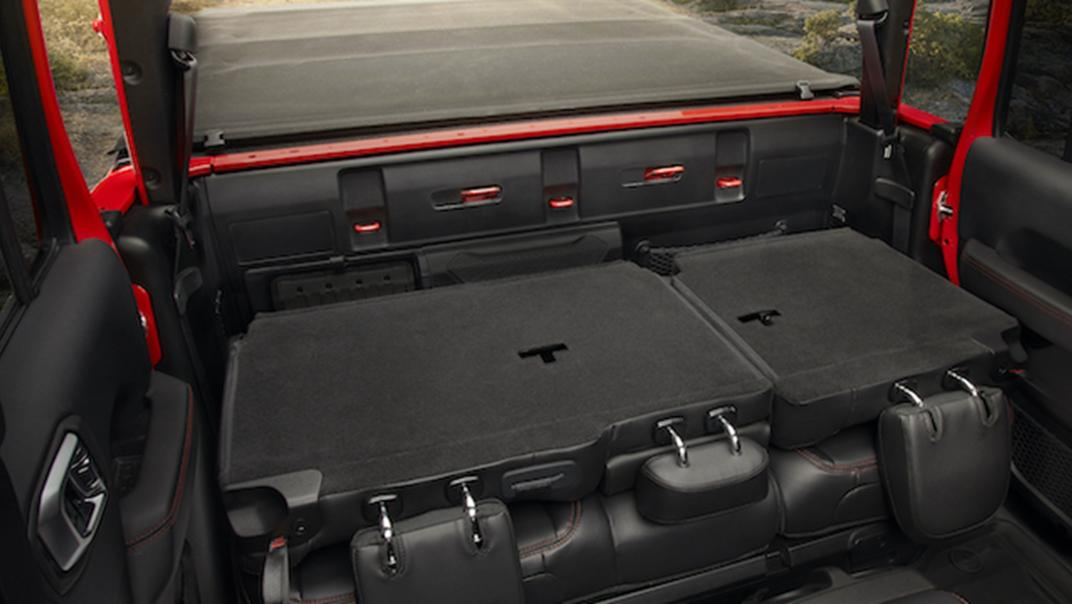 2021 Jeep Gladiator Interior 004