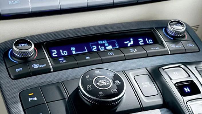 2021 Hyundai Palisade Interior 007