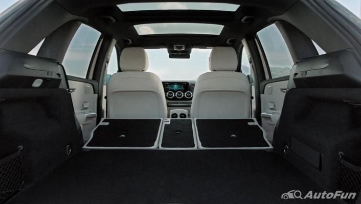 Mercedes-Benz B-Class 2019 Interior 007