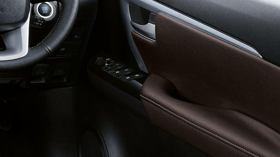 Toyota Fortuner 2019 Interior 043