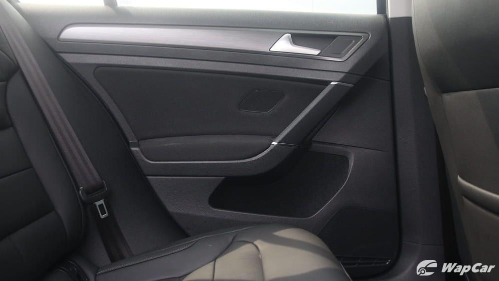 Volkswagen Golf 2019 Interior 039