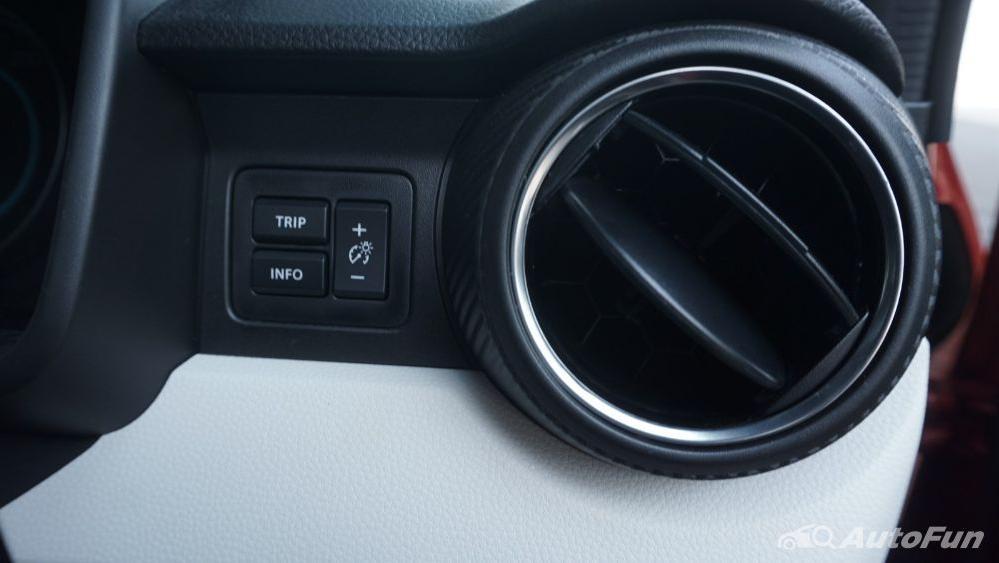 Suzuki Ignis GX AGS Interior 019