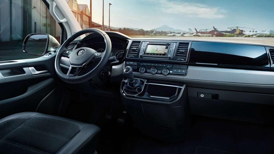 Volkswagen Caravelle 2019 Interior 002