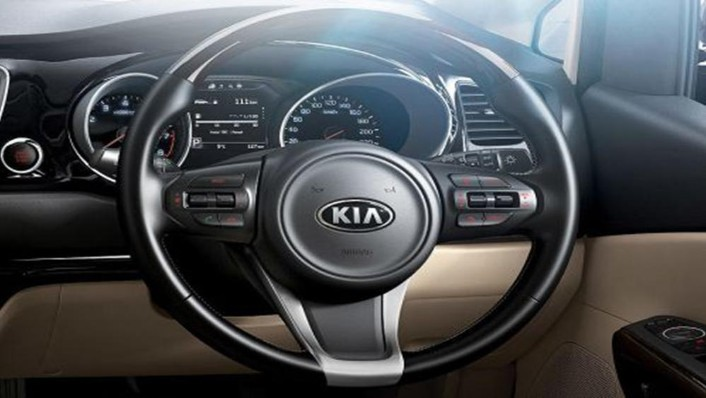 Kia Grand Sedona 2019 Interior 002