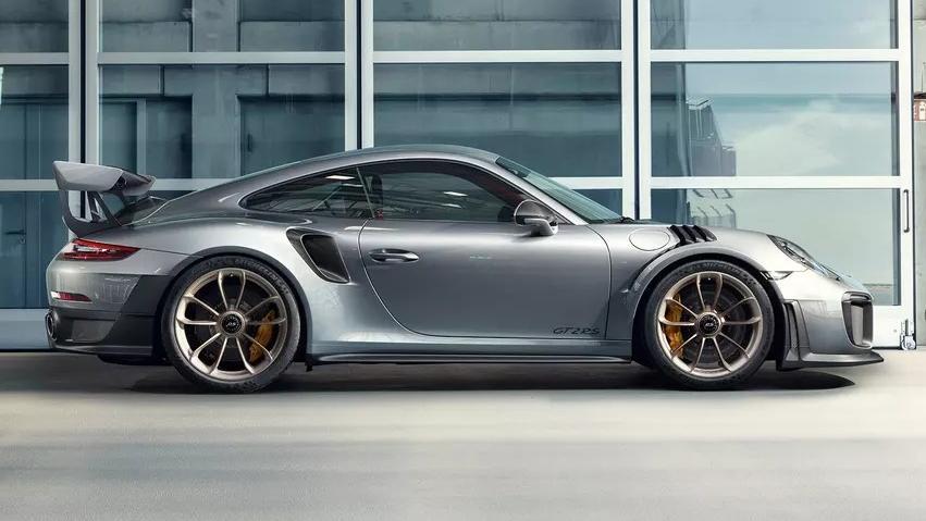 Porsche 911 2019 Exterior 005