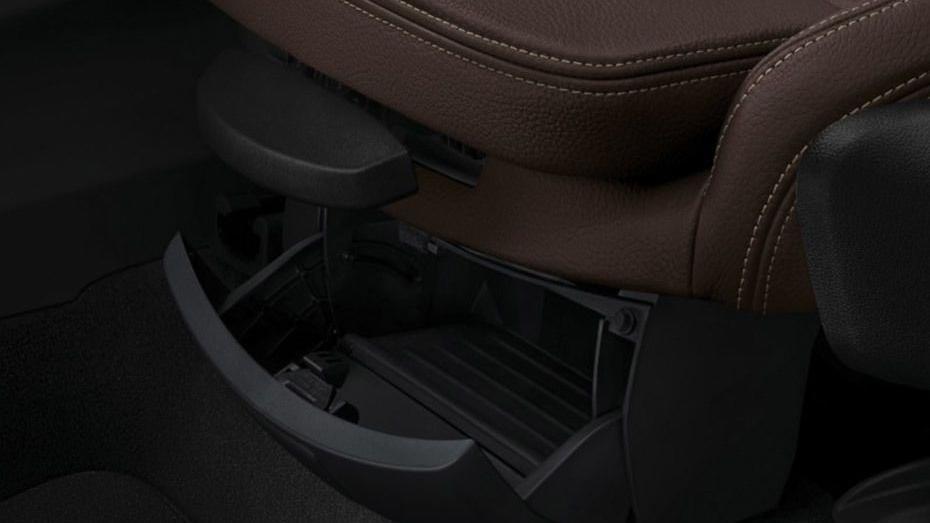 BMW X1 2019 Interior 009