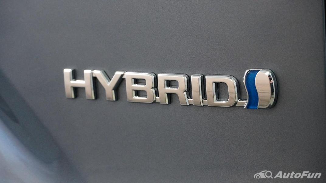 Toyota Corolla Cross Hybrid Exterior 026