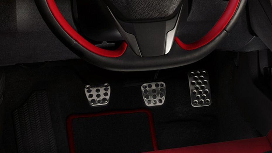 Honda Civic Type R 2019 Interior 003