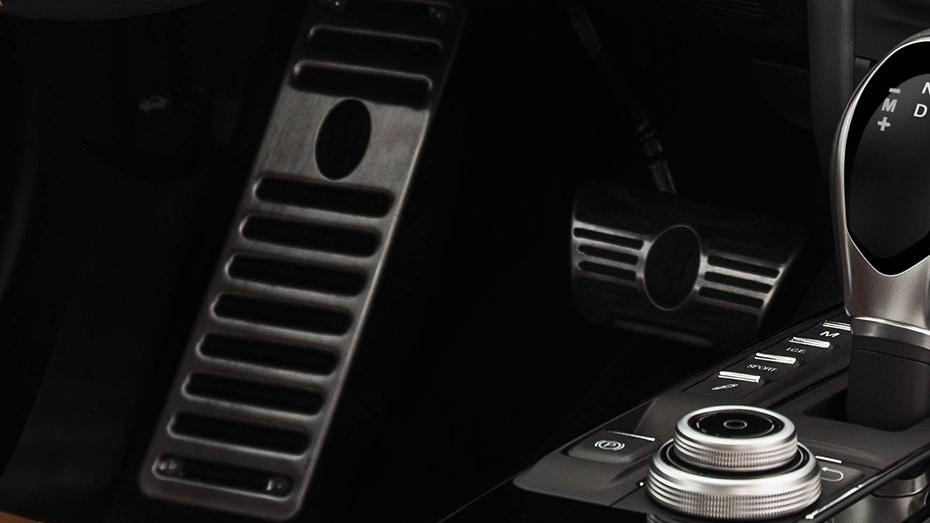 Maserati Ghibli 2019 Interior 008