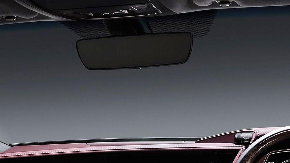 Lexus LS 2019 Interior 014