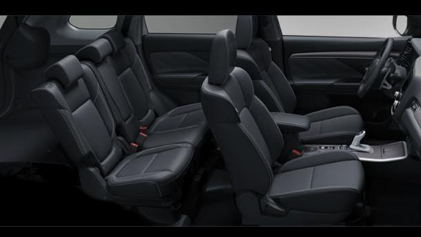 Mitsubishi Outlander PHEV 2019 Interior 003
