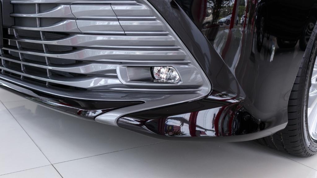 Toyota Camry 2019 Exterior 011