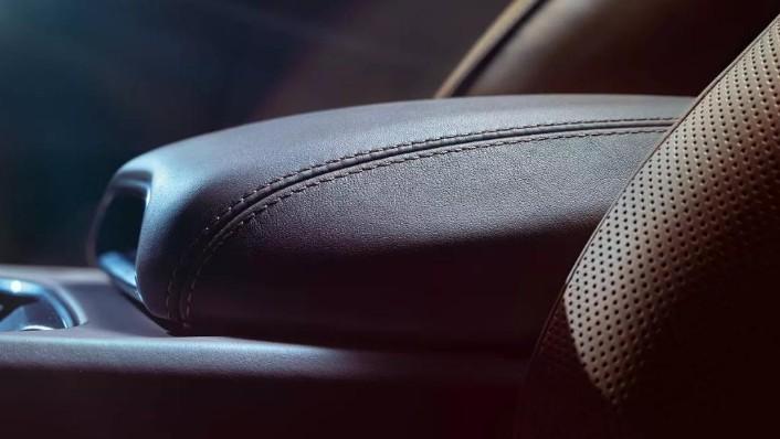Porsche Cayenne 2019 Interior 007