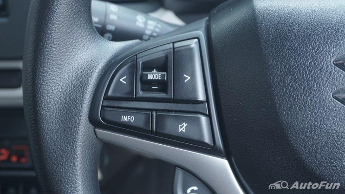 Suzuki Ignis GX AGS Interior 007