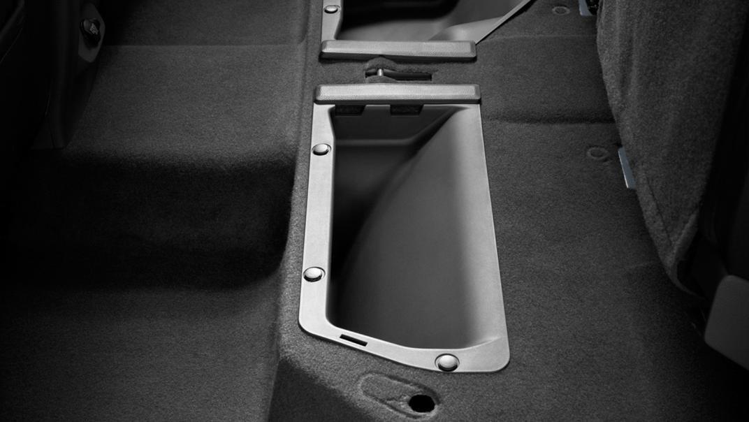 2021 Mazda BT-50 Upcoming Version Interior 010