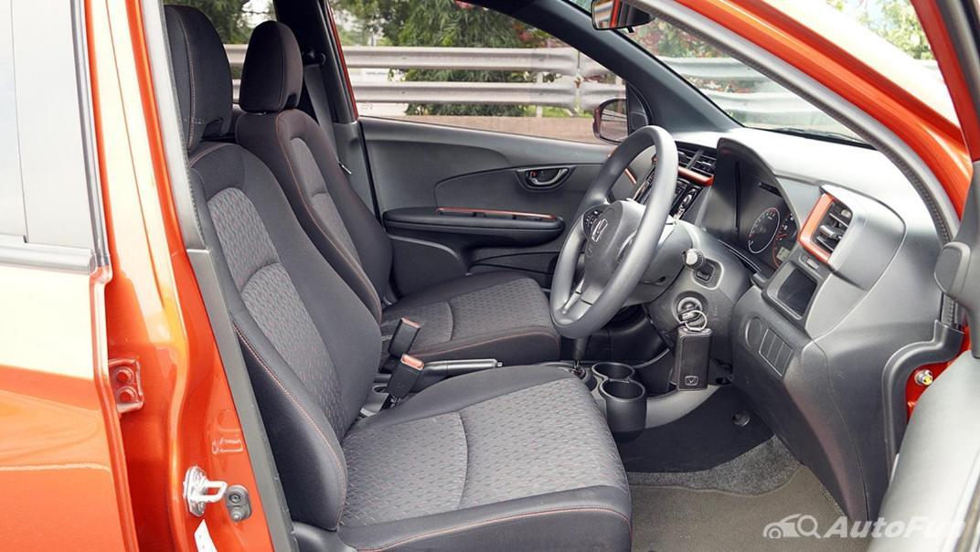 Honda Brio RS CVT Interior 017