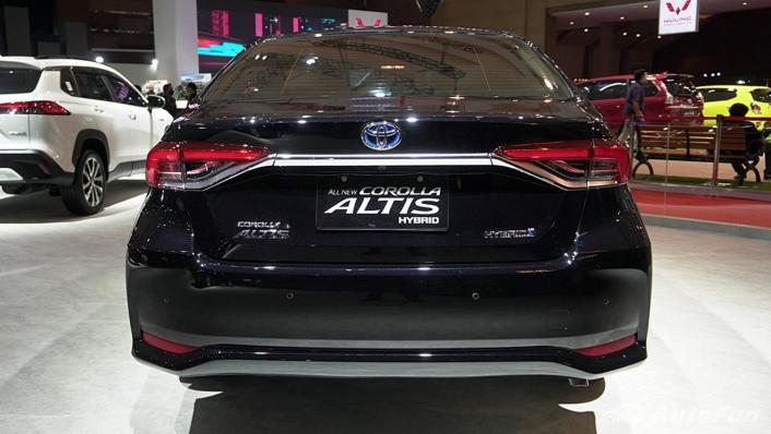 2021 Toyota Corolla Altis Exterior 006