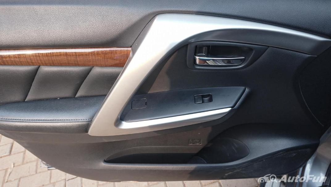Mitsubishi Pajero Sport Dakar 4x4 AT Interior 084