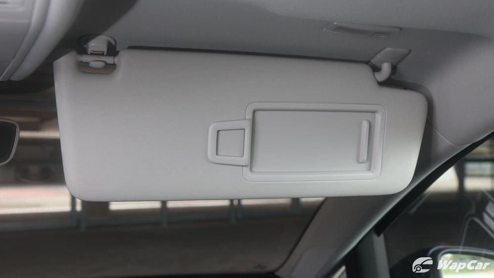 Volkswagen Golf 2019 Interior 047