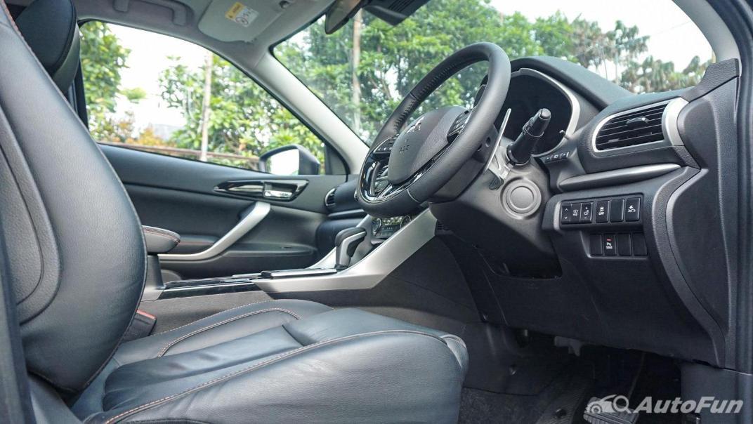 Mitsubishi Eclipse Cross 1.5L Interior 044