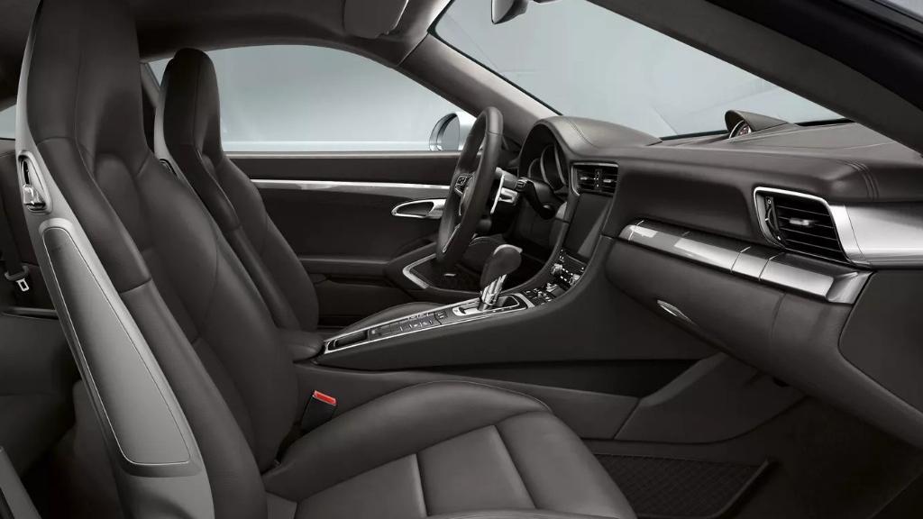 Porsche 911 2019 Interior 045