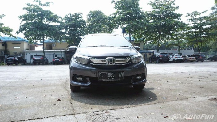 Honda Mobilio E CVT Exterior 003