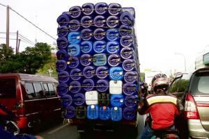 Begini Cara Merawat Kaki-kaki Mobil Pick Up Kalau Sering Bawa Muatan Banyak