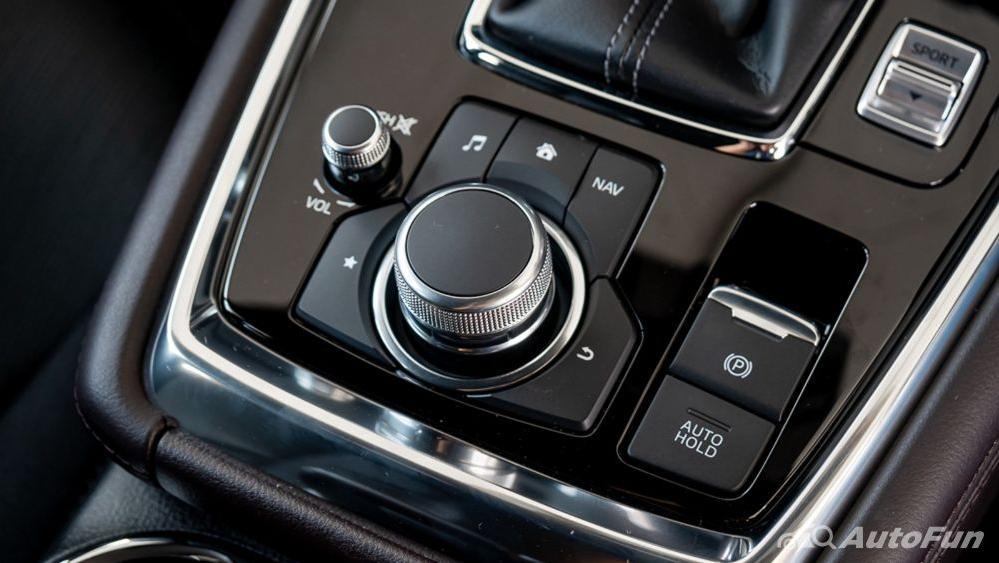 Mazda CX 8 2019 Interior 013